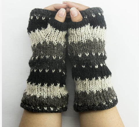 Multicolor Woolen Hand Warmer