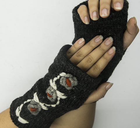 Black woolen hand warmer