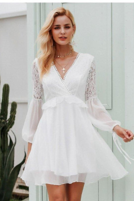 Embroidered Flare Sleeve Backless Vintage Dress