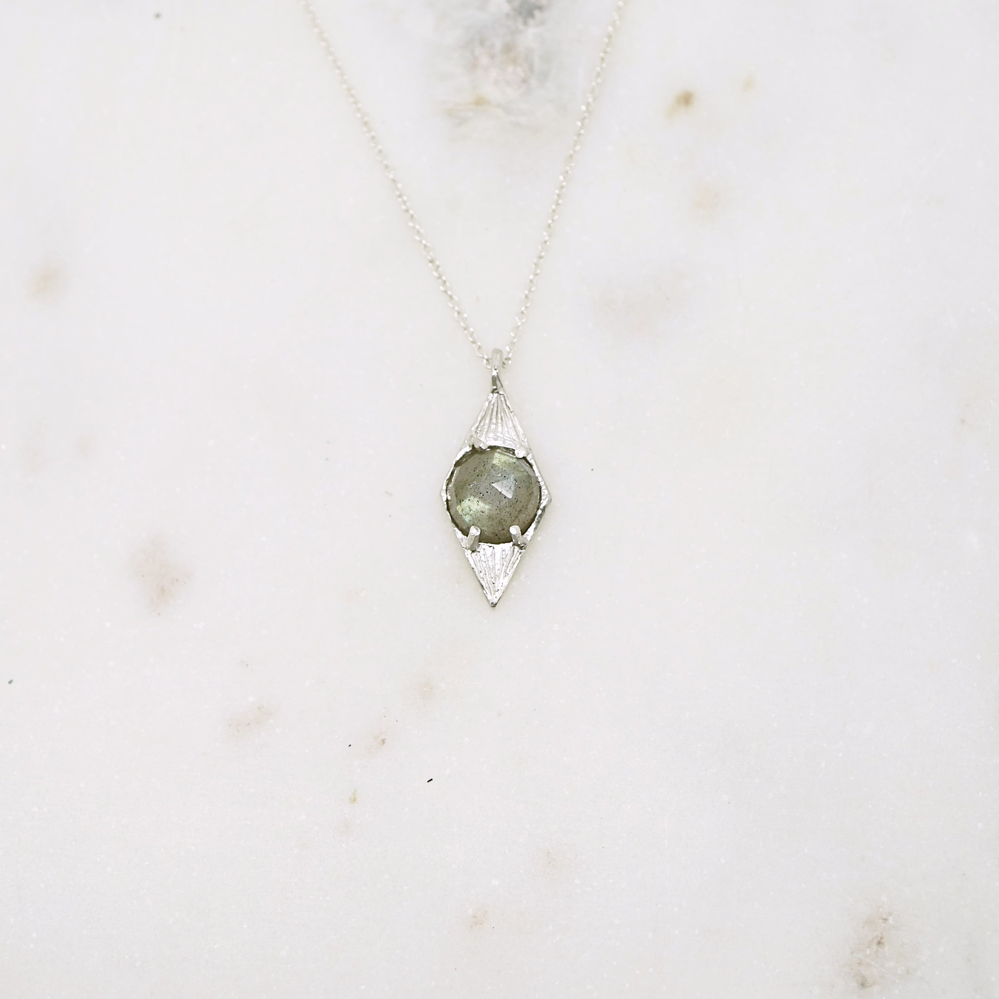 Diamond shaped pendant necklace with labradorite