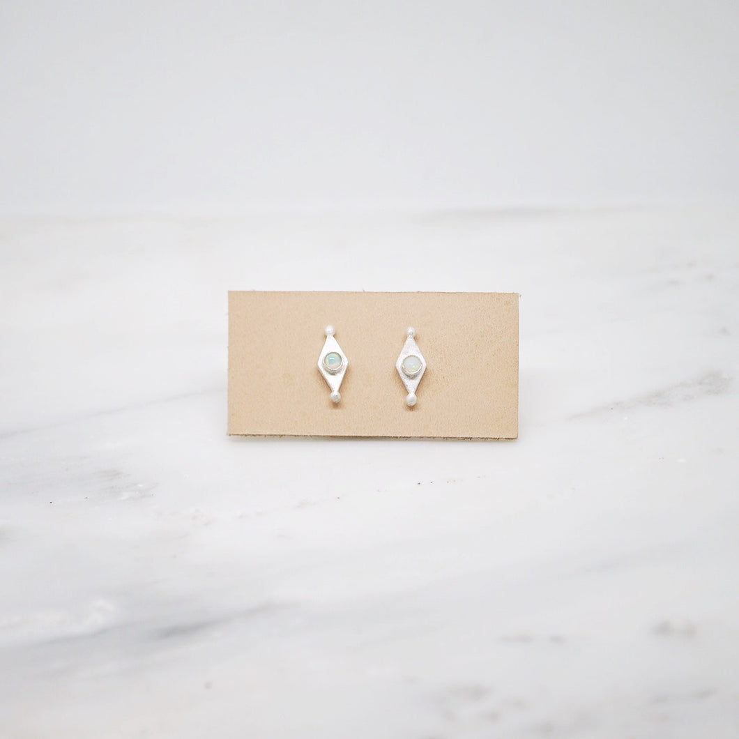 Mini shield studs with Opal