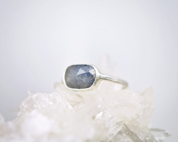Blue sapphire solitaire ring I