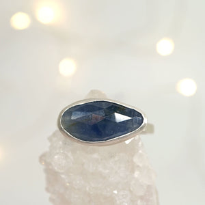 Blue sapphire solitaire ring II