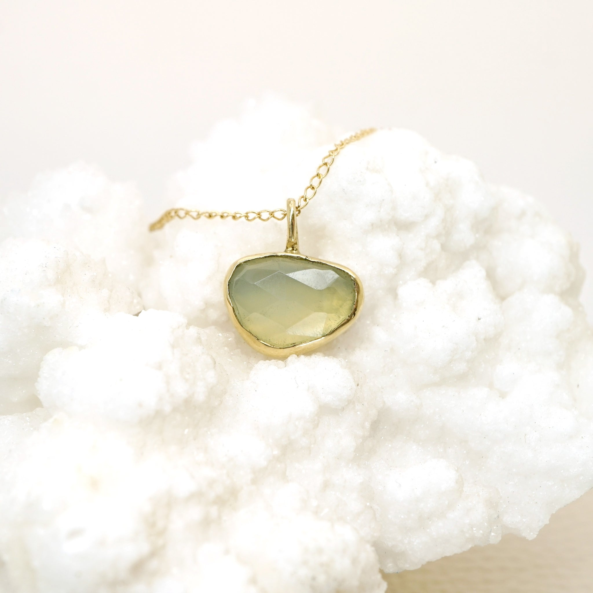 Chalcedony Pendant Necklace in 14k Gold