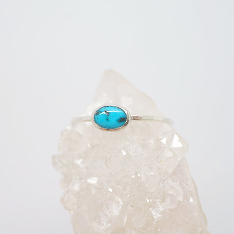 Oval turquoise solitaire ring