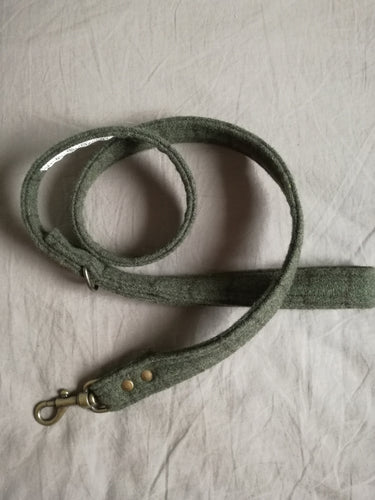olive green plaid sustainable dog leashes by hunt and howlimoon in south africa