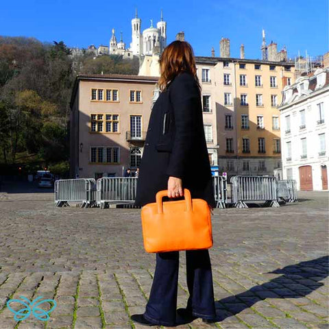 sacoche-cuir-orange-ma-sacoche-mon-ideal