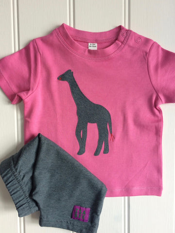 Isabee Baby Giraffe t-shirt - pink - 100% Fairtrade cotton