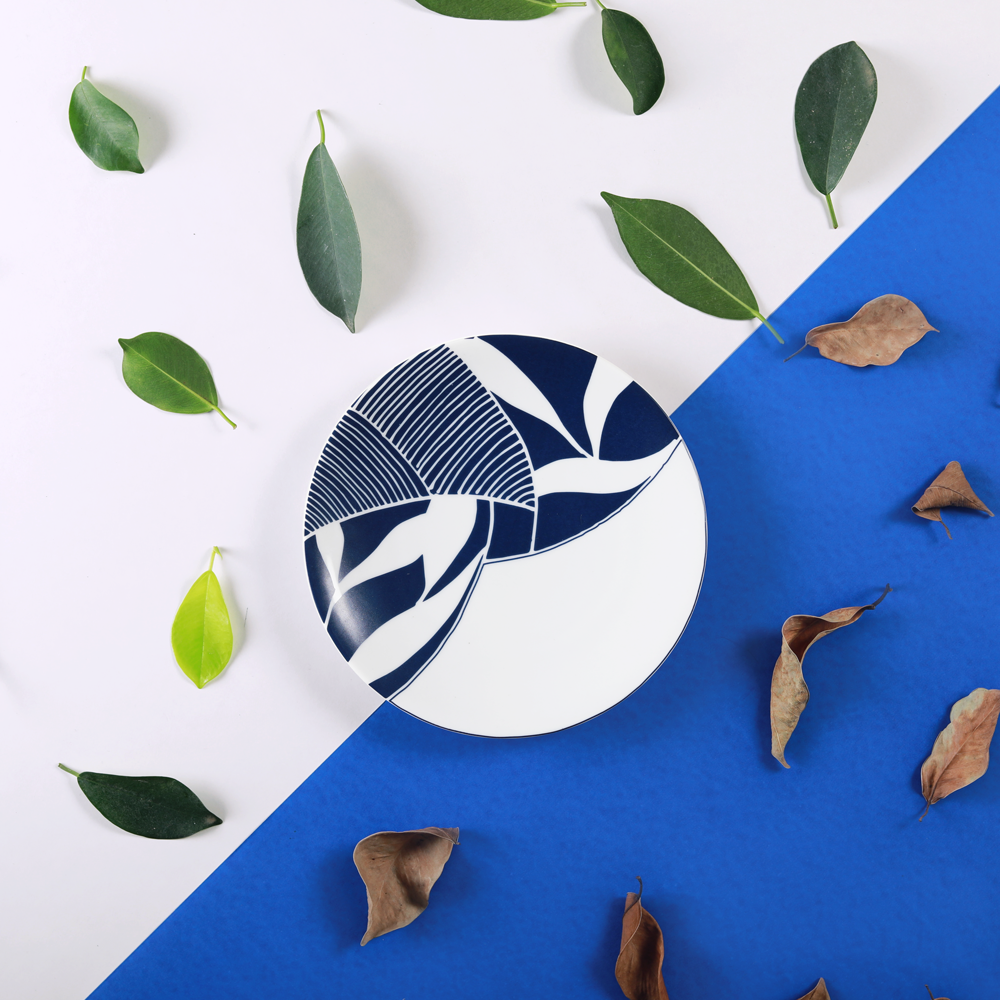 Sea & Blue Leaves – Quarter Plate