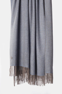 Uno Classic Fringed Two-Tone Cashmere Throw Blue / Taupe