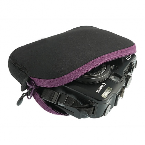 Padded Pouch Medium Berry/Black [ATLPPMBE_STOCK]