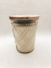 Load image into Gallery viewer, Southern Sweet Tea Swan Creek Candle