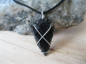 Obsidian arrowhead necklace