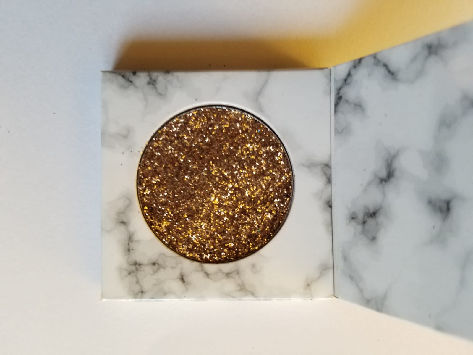 Golden Goddess Glitter Single Eyeshadow