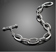 Oval Chain & Crystal Bracelet-The fashionabler