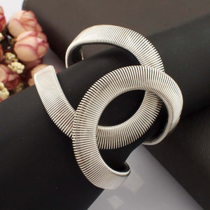Bangle Cuff Bracelet-The fashionabler