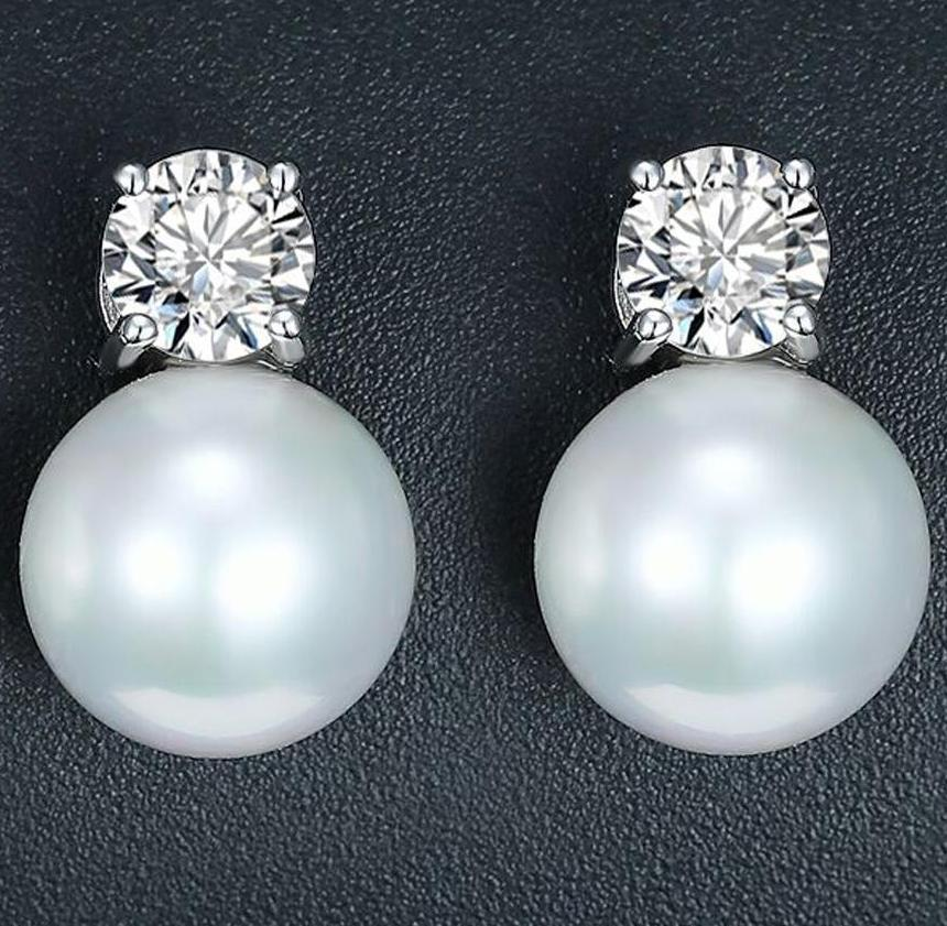Pearl and Zirconia Stud Earrings-The fashionabler