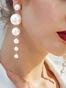 Pearl pendant earrings-The fashionabler