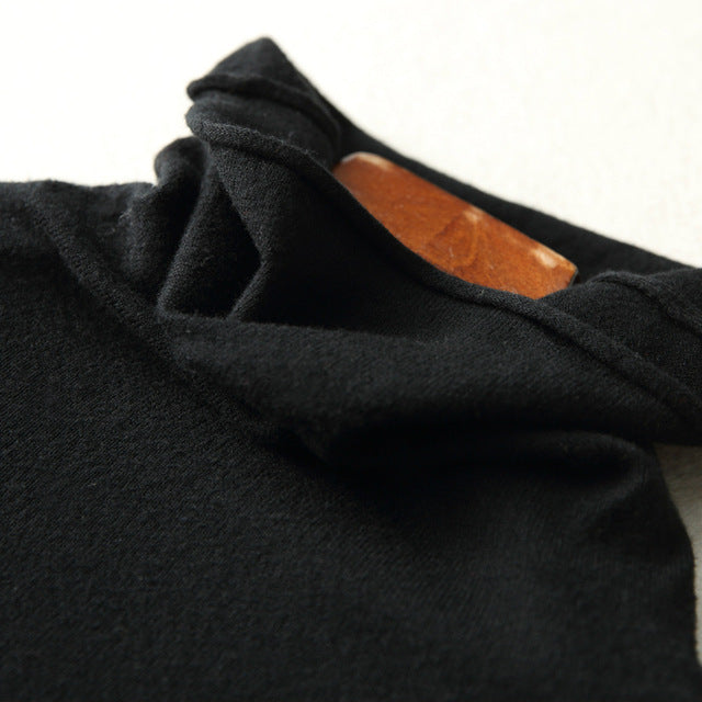 Lamb's Wool/Cashmere Turtleneck Sweater-The fashionabler