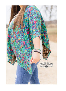 Crazy Train Poncho Reversible Leopard Cheetah Flower Floral Womens Open Shawl Top