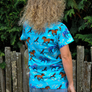 Coddi & Womple Adult Short Sleeve T-Shirt Storm Horse Blue - The Thrifty Stork