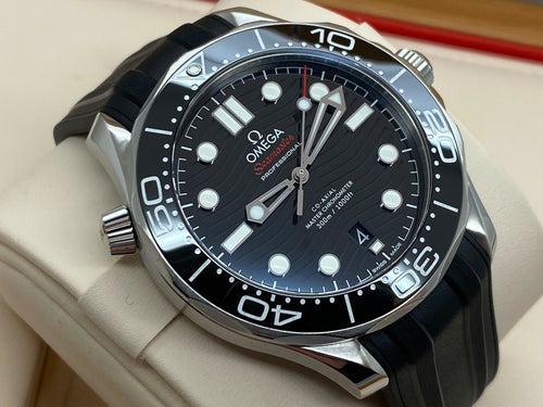 GENTS OMEGA SEAMASTER 300M DIVER 42MM BLACK DIAL 2018 UK