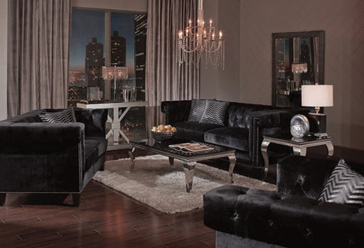 Reventlow Tufted Chair Black Collection: Reventlow