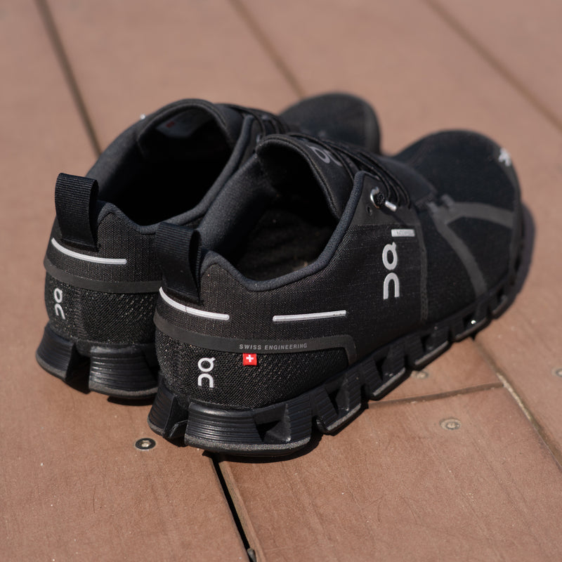On Cloud Waterproof Black & Luner