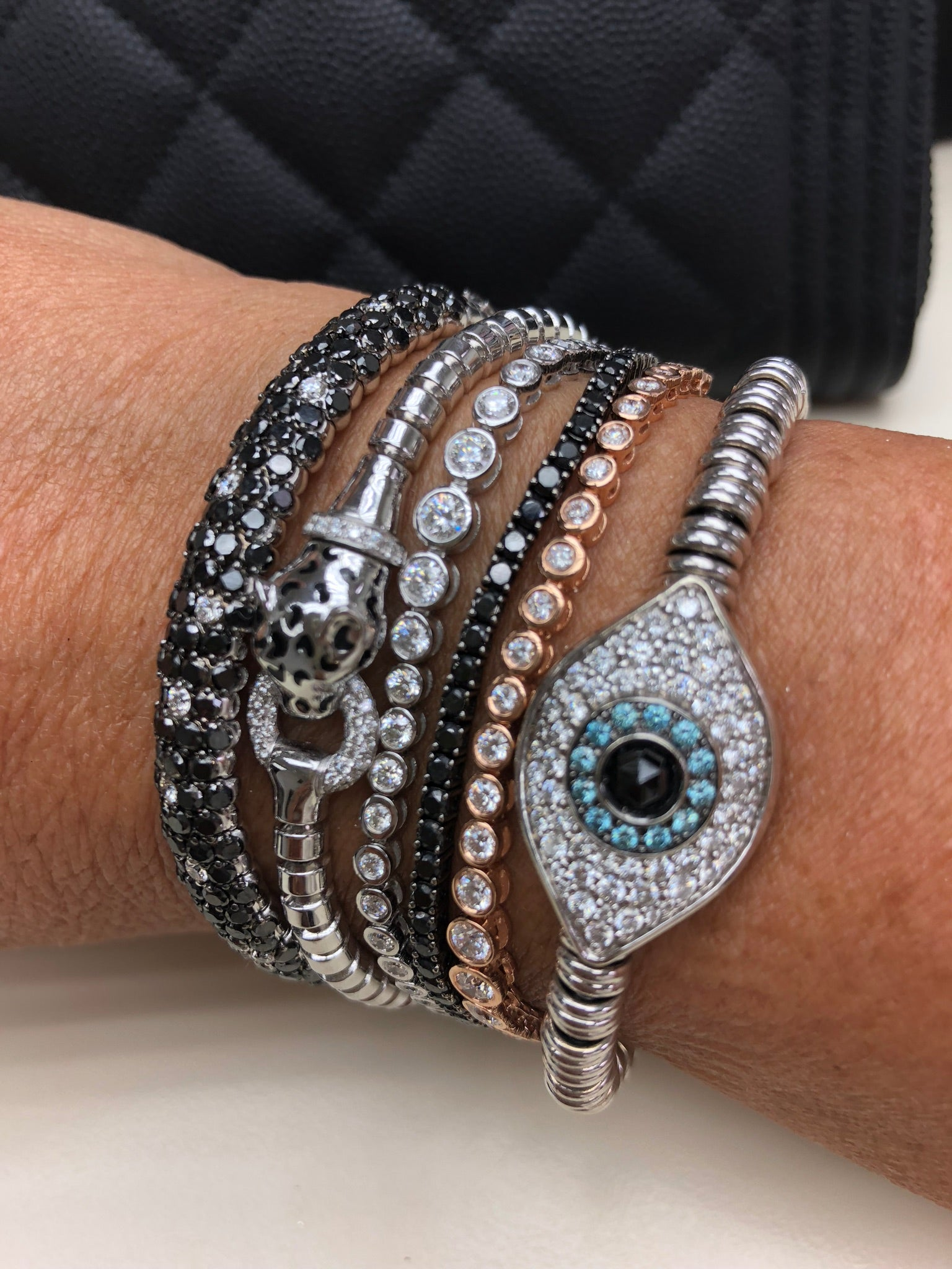 14KT GOLD DIAMOND EVIL EYE BALL STRETCH BRACELET