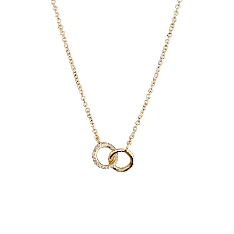 14KT GOLD DIAMOND INTERLOCKING CIRCLE NECKLACE