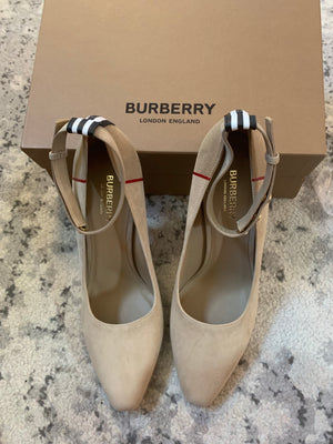 Burberry Suede Pumps