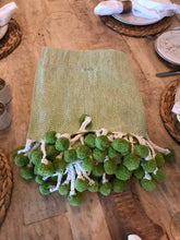 Table Topper, Green w/Pom-Poms.