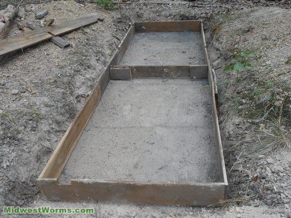 in-ground worm box