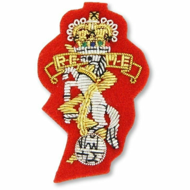 Ammo & Company REME - Beret Badge - B/W - Silhouette Cut - Scarlet Ground
