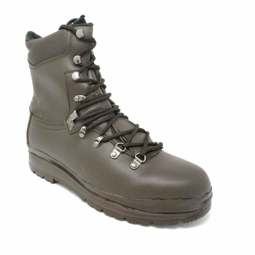 Highlander Brown Waterproof Leather Elite Boot MoD Brown Boots Highlander - Military Direct