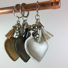 Load image into Gallery viewer, Sparkly Bronze Heart Keyring