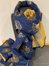 Load image into Gallery viewer, Reversible Dandelion Scarf