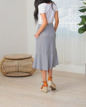 Uneven Striped Hem Tie Skirt
