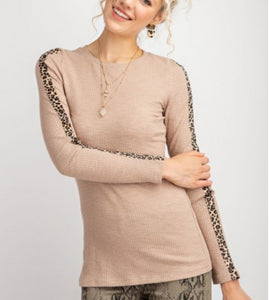 Ribbed Animal Contrast Top