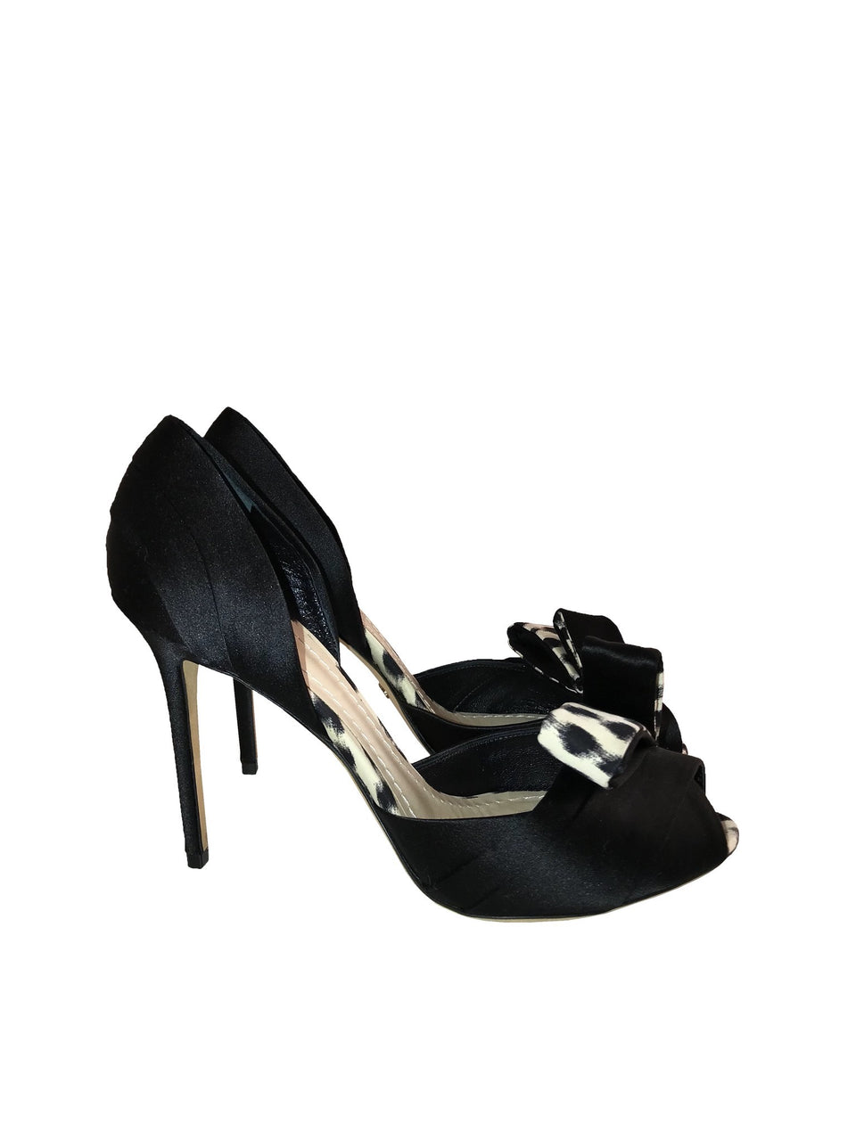 Satin Peep Toe Shoes w/ Contrast Detail