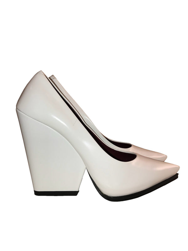 White Pointed Toe Shoes with Block Heel