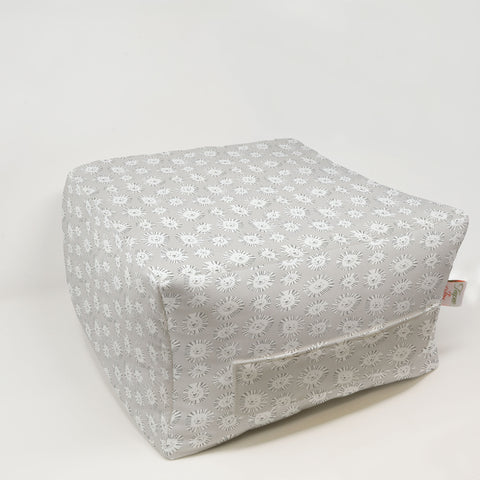 Kids Pouf - Lazy Lion French Gray