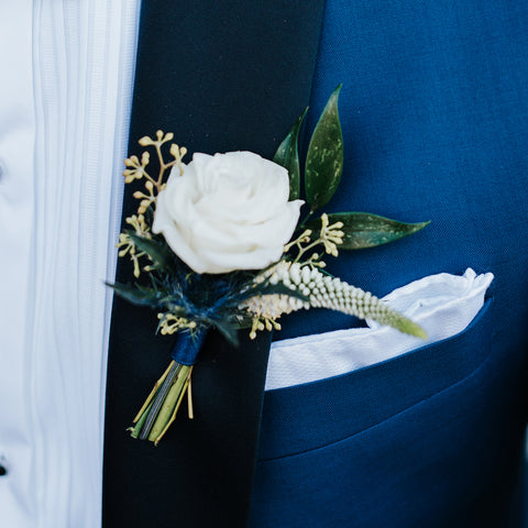 Spray Roses Corsage/Boutonniere