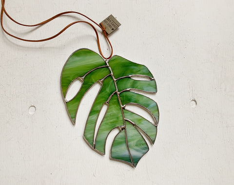 Monstera Leaf • Moss