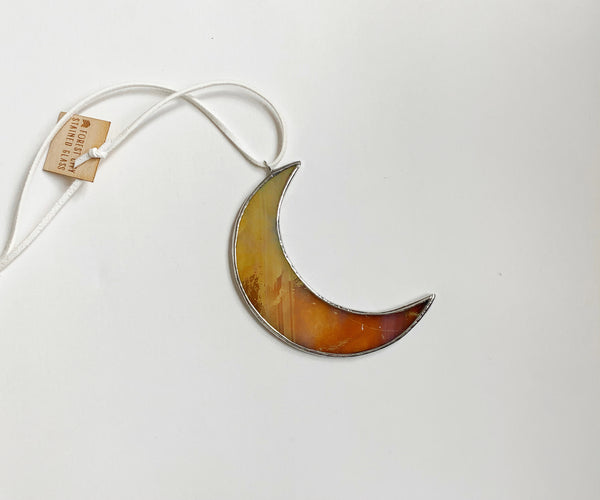 "3.5"" Crescent Moon • Iridescent Amber Cream"