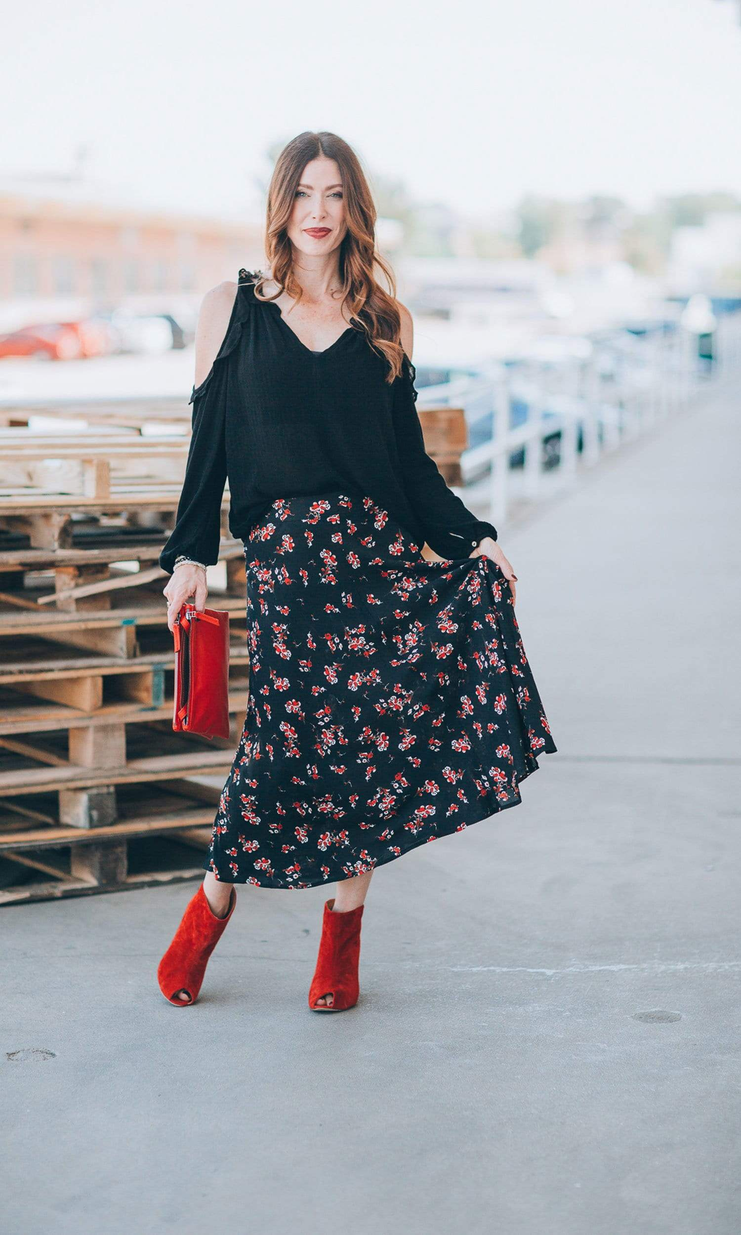 Velvet by Graham & Spencer Nalani Floral Printed Midi Skirt