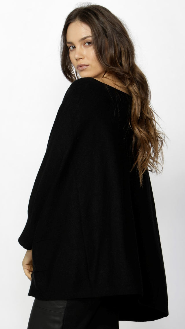 Edera Knitted Cape