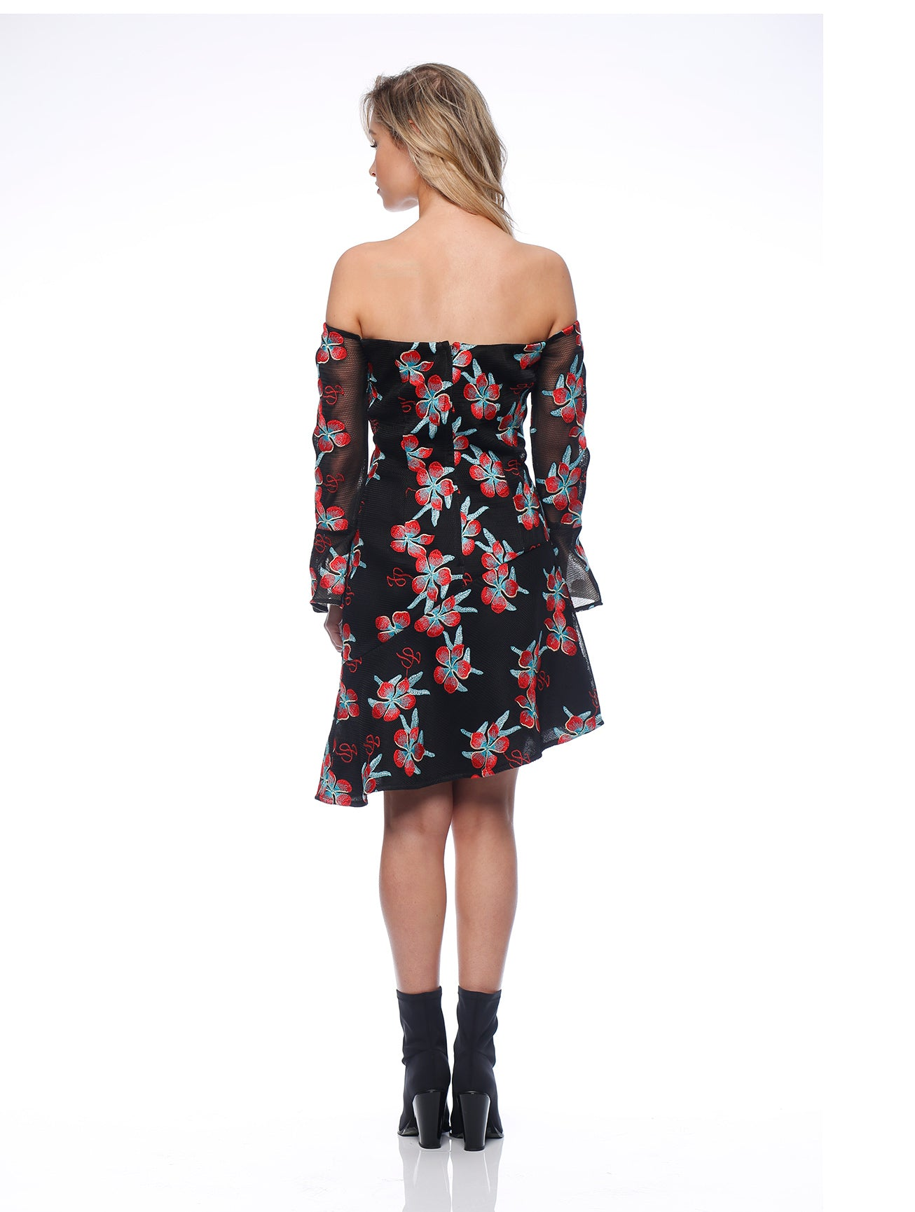 Robyn Sleeveless Dress