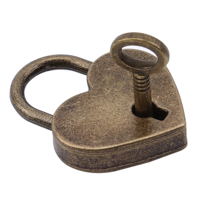 Vintage-Style Locks Heart or Round - Accessories - BDSM Collar Store