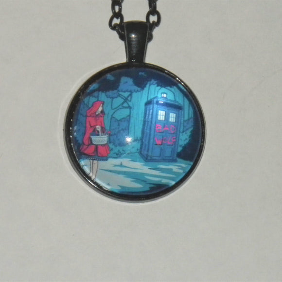 Dr. Who Tardis Crossover Necklace
